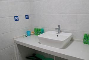 病房卫生间