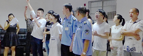 2015年湖南康达自愿戒毒中心首届拔河大赛完美收官
