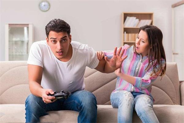 """当""""游戏成瘾""""VS""""毒品成瘾"""",你觉得谁更可怕?"""