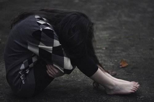 帮前男友戒毒付出了太多,最后却让自己堕入抑郁的深渊