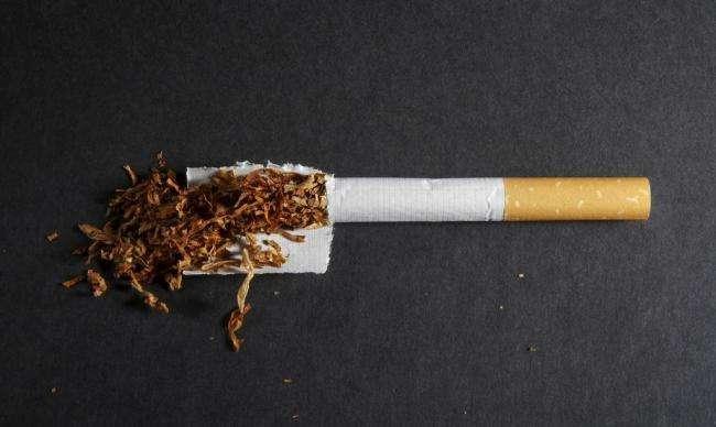 香烟和毒品有什么不同?为什么对待毒品和香烟完全不一样?