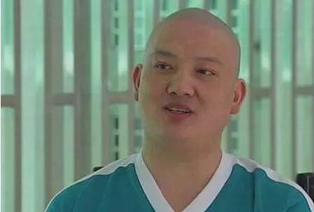 """""""爱国""""毒枭PK缉毒民警。刘招华算哪门子英雄,我呸!"""